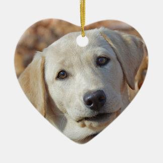 Ornement Cœur En Céramique Jour de Valentines jaune de chiot de laboratoire