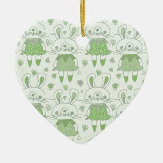 Ornement Cœur En Céramique Lapins heureux en vert