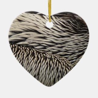 Ornement Cœur En Céramique Le pélican fait varier le pas de la photo grise de