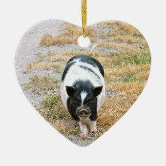 Ornement Cœur En Céramique Photo mignonne d'animal de ferme du porc   de