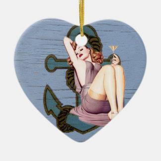 Ornement Cœur En Céramique Pin nautique chic minable d'ancre vers le haut de