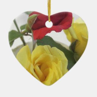 Ornement Cœur En Céramique Roses jaunes et rouges