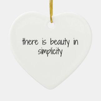 Ornement Cœur En Céramique Simplicité