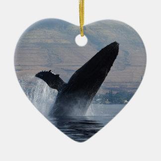 Ornement Cœur En Céramique violation de baleine de humback