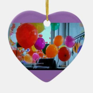 Ornement de coeur des ballons de partie
