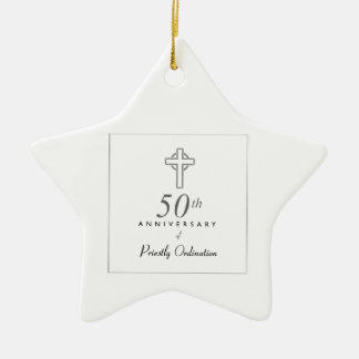 Ornement Étoile En Céramique cinquantième Anniversaire de prêtre avec la croix