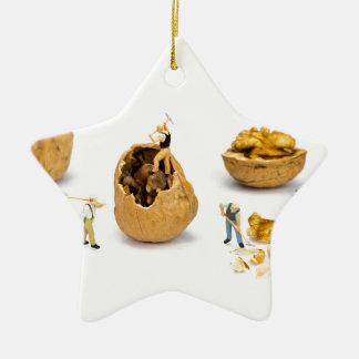Ornement Étoile En Céramique Équipe de figurines miniatures transportant la