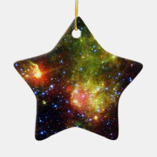 Ornement Étoile En Céramique La mort poussiéreuse de la NASA massive d'étoile