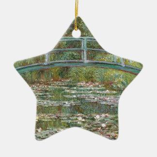 Ornement Étoile En Céramique Pont au-dessus d'un étang des nénuphars