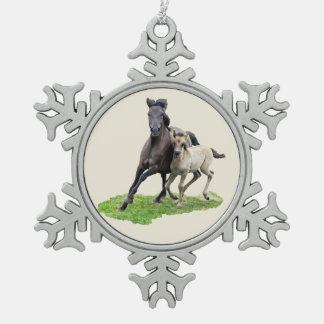 Ornement Flocon De Neige Jument sauvage de cheval de Dulmen avec la photo