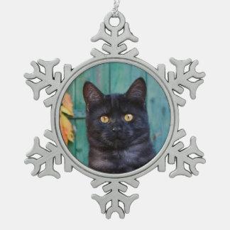 Ornement Flocon De Neige Le chaton mignon de chat noir avec le rouge part