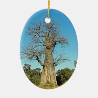 ORNEMENT OVALE EN CÉRAMIQUE ARBRE BOTSWANA DE BAOBAB