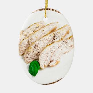 Ornement Ovale En Céramique Blanc de poulet cuit au four découpé en tranches