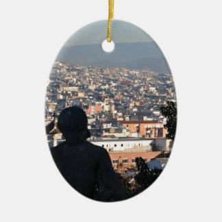 Ornement Ovale En Céramique Carte postale de Barcelone