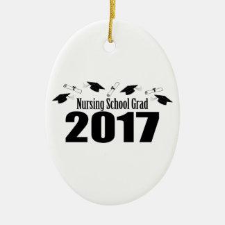 Ornement Ovale En Céramique Casquettes du diplômé 2017 d'école d'infirmières