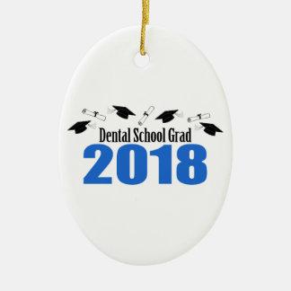 Ornement Ovale En Céramique Casquettes et diplômes du diplômé 2018 d'école