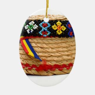 Ornement Ovale En Céramique clop le casquette traditionnel
