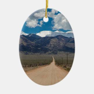 Ornement Ovale En Céramique Croisière de route de dos de vallée de San Luis