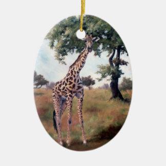 Ornement Ovale En Céramique Girafe tenant l'ornement grand