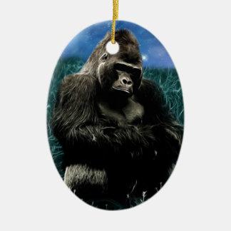 Ornement Ovale En Céramique Gorille dans le pré