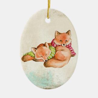 Ornement Ovale En Céramique Le Fox se blottit l'ornement