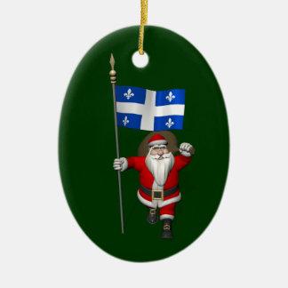 Ornement Ovale En Céramique Le père noël avec le drapeau de Québec CDN