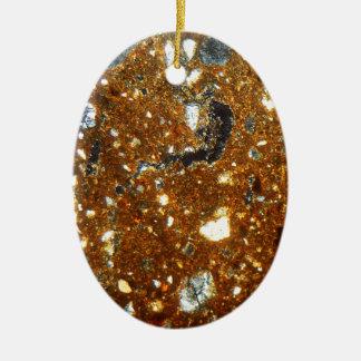 Ornement Ovale En Céramique Section mince d'une brique sous le microscope