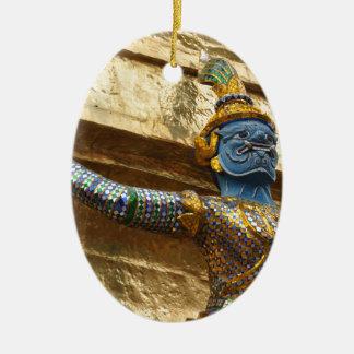 Ornement Ovale En Céramique Seul Garuda