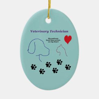 Ornement Ovale En Céramique Technicien vétérinaire - empreintes de pattes sur