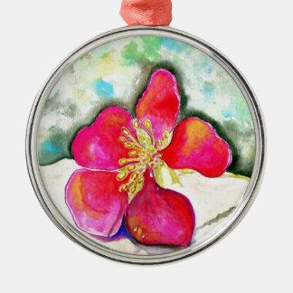 Ornement Rond Argenté Aquarelle rose de fleur de mystère