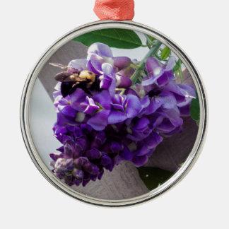 Ornement Rond Argenté Glycines et abeille