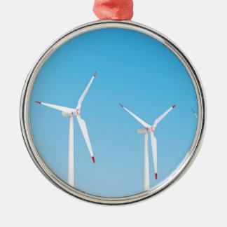 Ornement Rond Argenté Groupe de turbines de vent