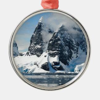 Ornement Rond Argenté icebergs de glace de montagnes
