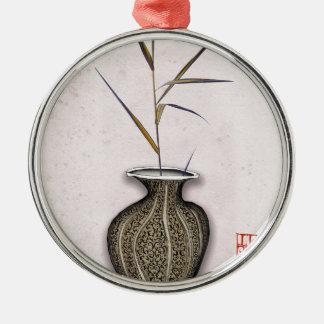 Ornement Rond Argenté Ikebana 3 par les fernandes élégants