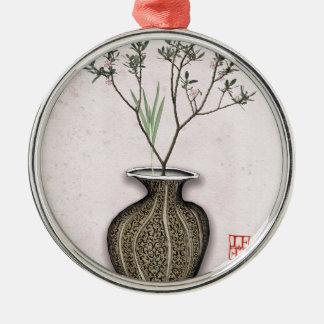 Ornement Rond Argenté Ikebana 4 par les fernandes élégants