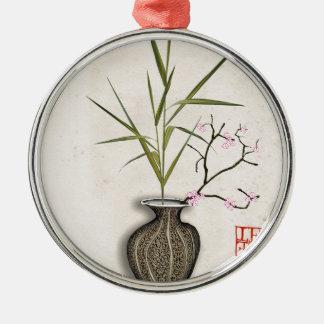 Ornement Rond Argenté ikebana 7 par les fernandes élégants