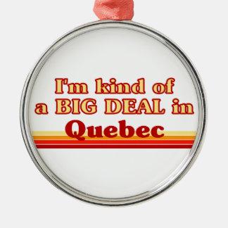Ornement Rond Argenté Je suis un peu une affaire au Québec