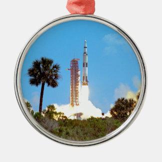 Ornement Rond Argenté Lancement de la NASA Apollo 16 Fusée Saturn v