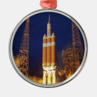 Ornement Rond Argenté Lancement de Rocket de vaisseau spatial de la NASA
