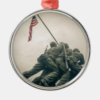 Ornement Rond Argenté Mémorial d'Iwo Jima dans le Washington DC