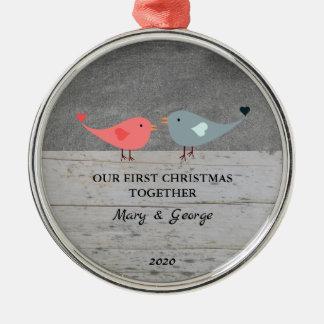 Ornement Rond Argenté Nos premiers de Noël inséparables ensemble en bois