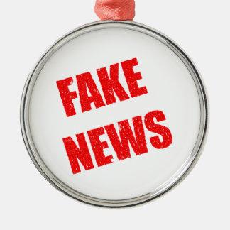 Ornement Rond Argenté Notre société est dominée par de fausses nouvelles