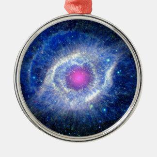 Ornement Rond Argenté Oeil ultra-violet de nébuleuse d'hélice de photo