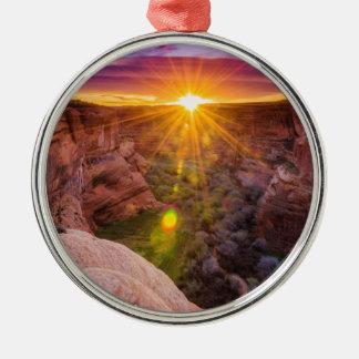 Ornement Rond Argenté Rayon de soleil chez Canyon de Chelly, AZ