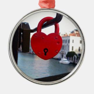 Ornement Rond Argenté serrure d'amour à Venise