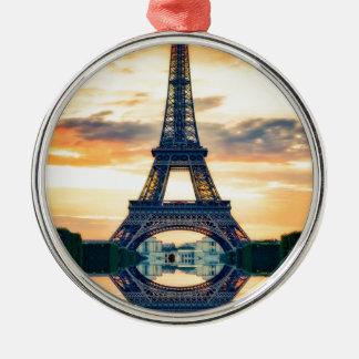 Ornement Rond Argenté Tour Eiffel Paris même le voyage européen