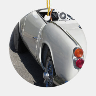 Ornement Rond En Céramique Aile gauche d'une vieille voiture classique