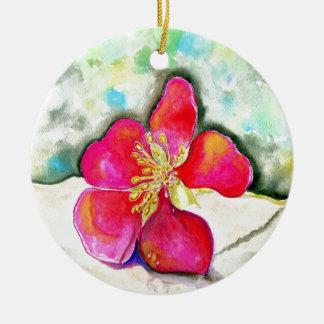 Ornement Rond En Céramique Aquarelle rose de fleur de mystère