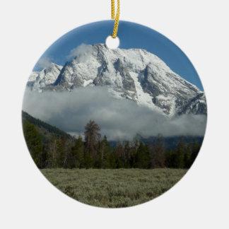 Ornement Rond En Céramique Bâti Moran et nuages chez Teton grand