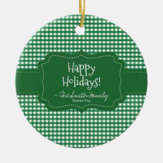 Ornement Rond En Céramique Bonnes fêtes. Rayures vertes d'insigne et de Noël